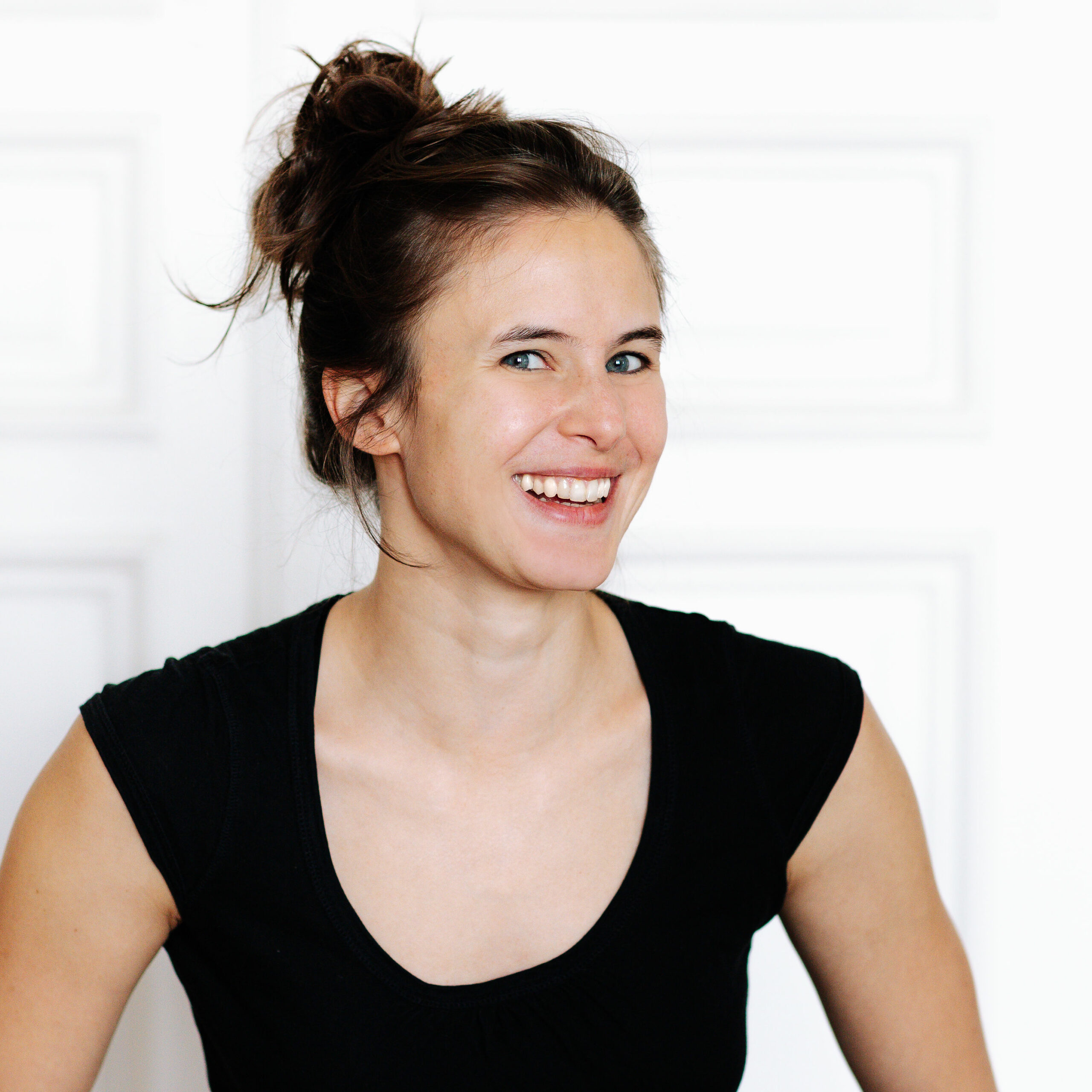 Portrait of Stefanie Sommer- Flow Yoga Teacher at RE:TREAT