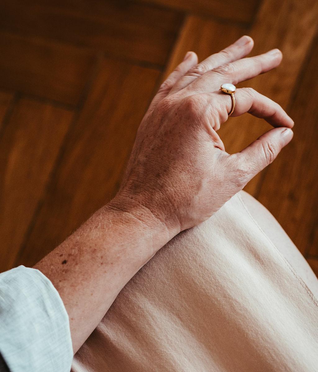 Hände in Meditationshaltung