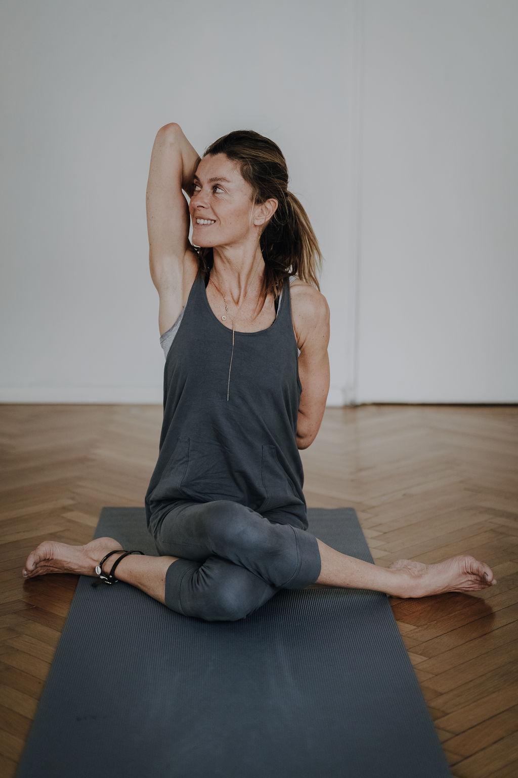 Katonah Yoga mit Nicole Natter