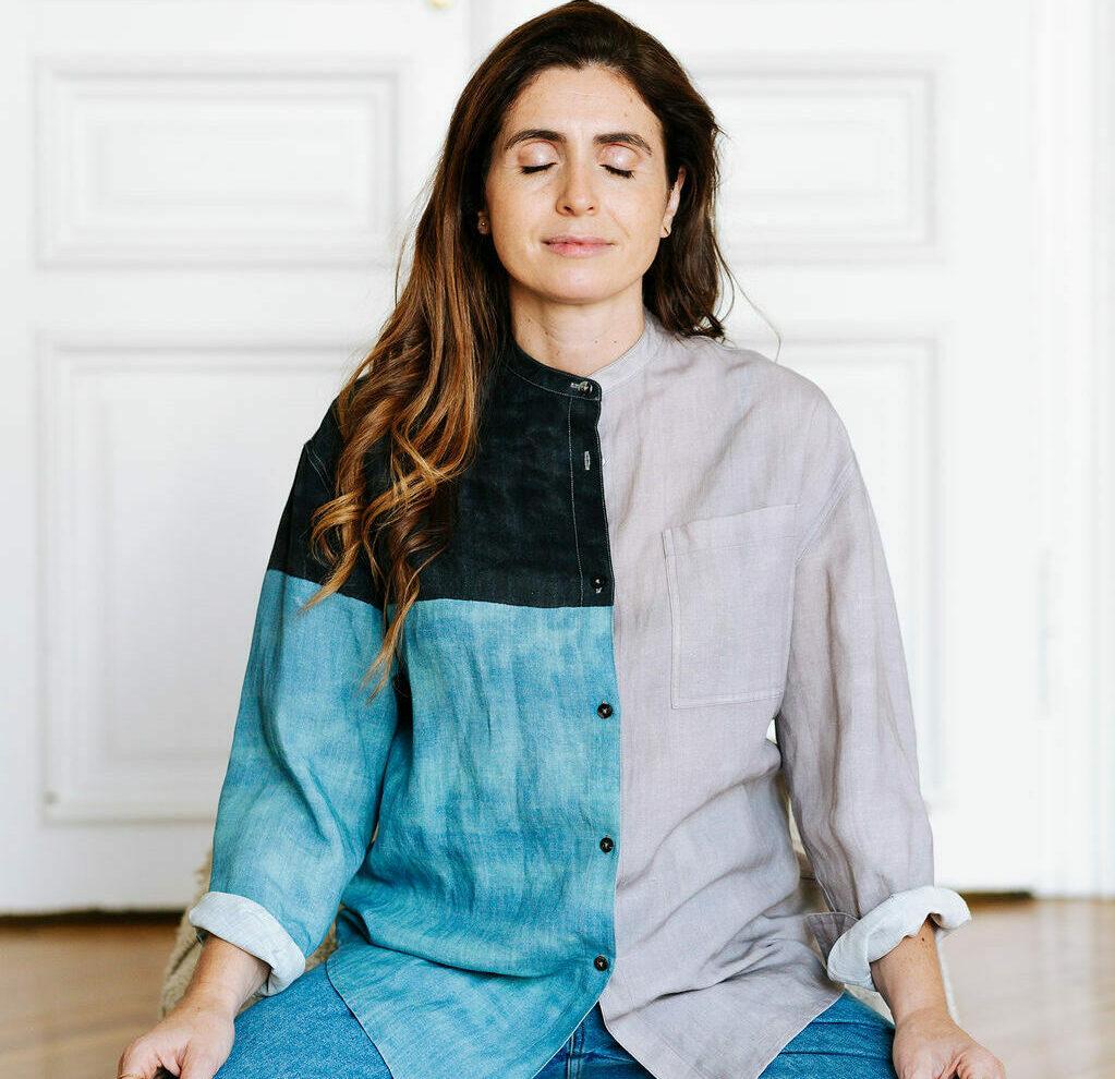 Giulia Tamiazzo im Meditationssitz